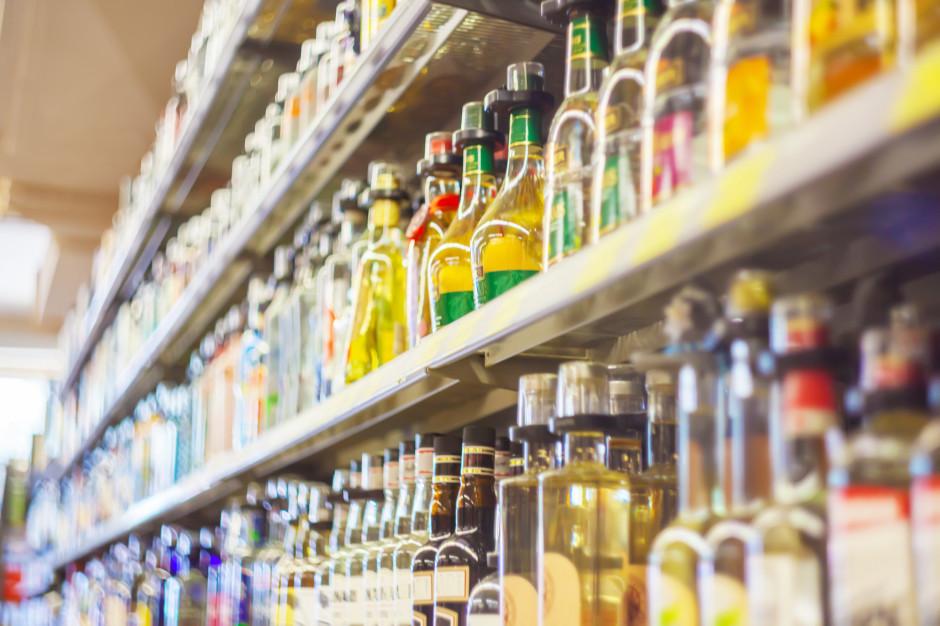 Sklep z alkoholem 15 m od szkoły? Wojewoda mówi nie