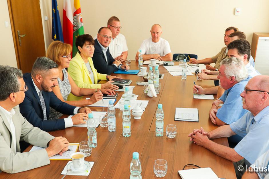 Marszałek Lubuskiego wzywa GDDKiA do partycypowania w kosztach inwestycji