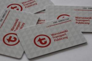 Warszawa+: gminy pobierają karty biletu metropolitalnego