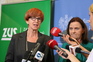 Płatności będą rosnąć lawinowo: zapowiada minister Rafalska