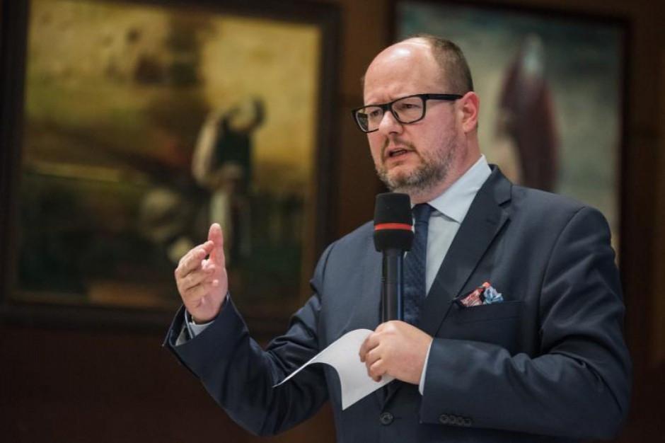 CBA zatrzymało dwie osoby, które miały skorumpować prezydenta Gdańska