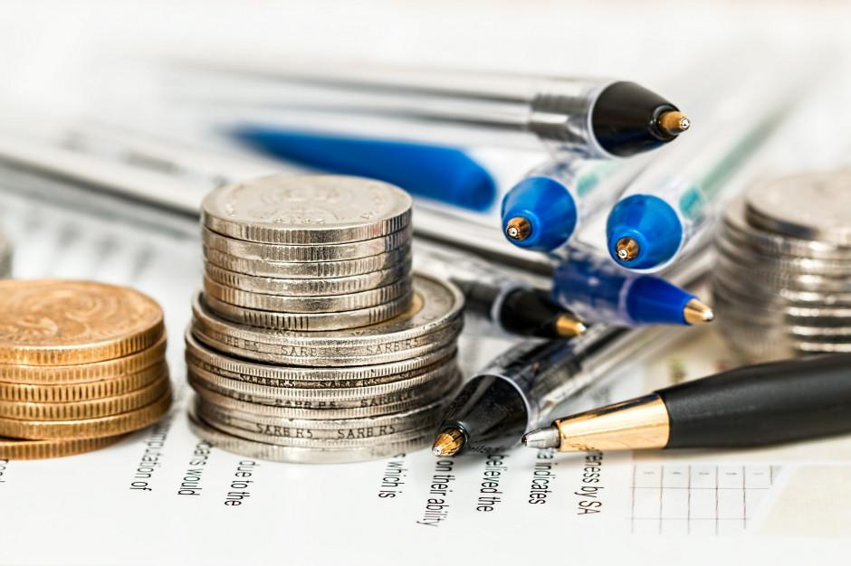 Tąpnięcie w dochodach samorządów z PIT