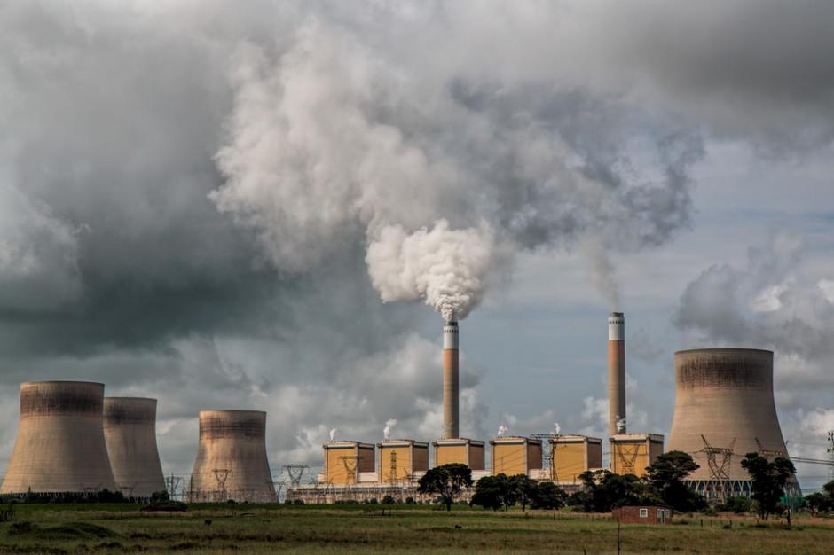 Ministerstwo Energii broni nowych przepisów: Ograniczą smog i napływ niesortowanego węgla do Polski
