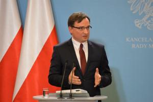 Zbigniew Ziobro: To koniec bezsilności organów ścigania i bezkarności oszustów wyłudzających kamienice