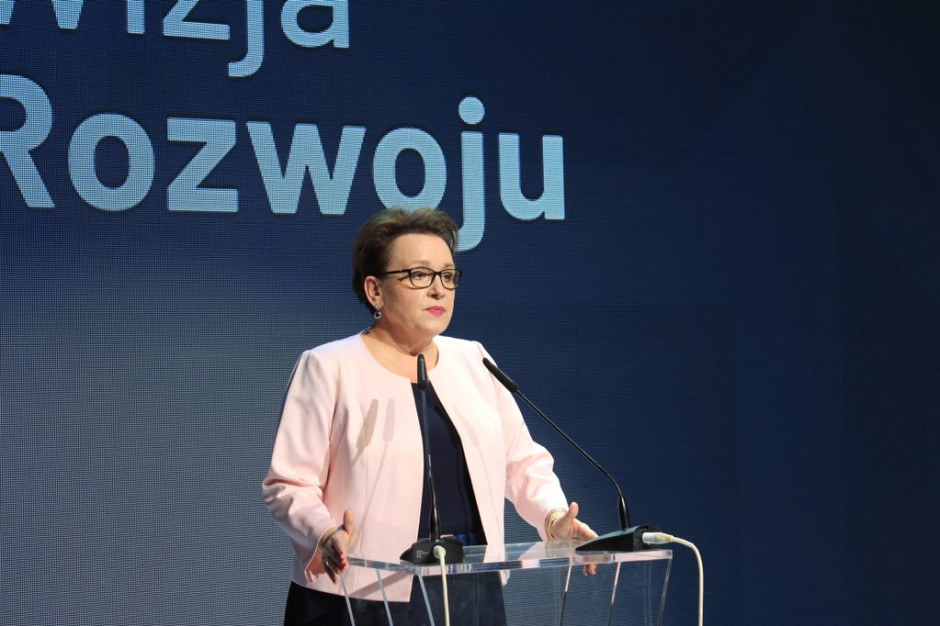 Anna Zalewska pożegna się ze stanowiskiem? Wojewoda wśród możliwych następców