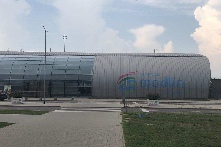 Jakie lotnisko najlepsze dla Warszawy?