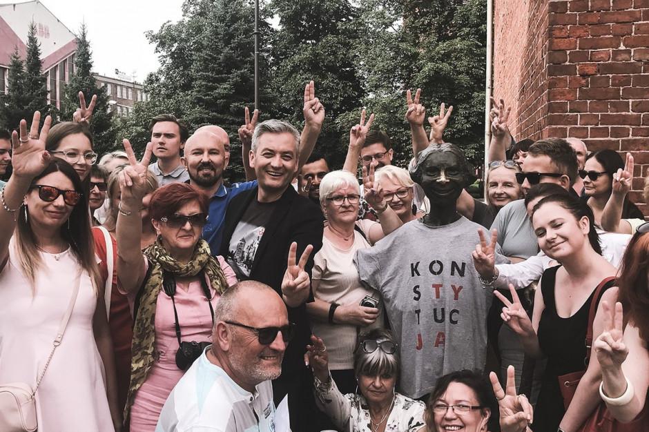 Robert Biedroń zarejestrował komitet wyborczy. Nie sam