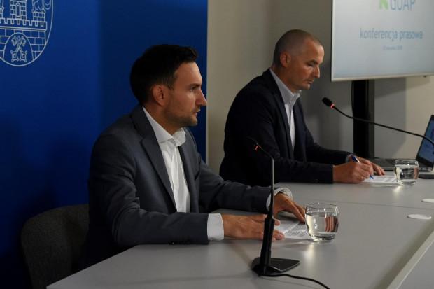 Zarząd GOPA zwołał konferencje ws. opłat za śmiecie i szykowanych zmian w prawie (fot. UM Poznań)