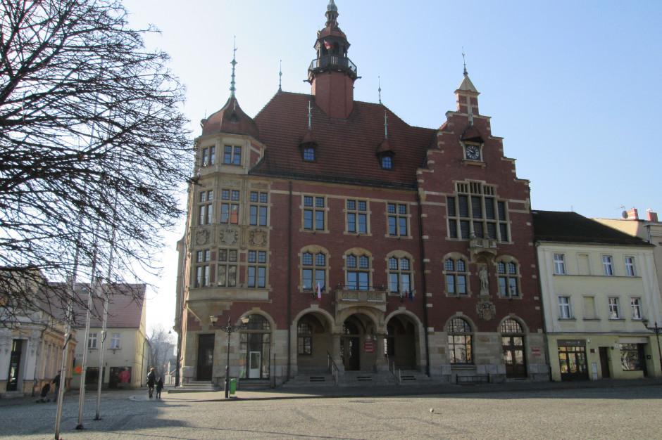 Wybory samorządowe, Tarnowskie Góry: Czech, Śnietka i Garus na burmistrza