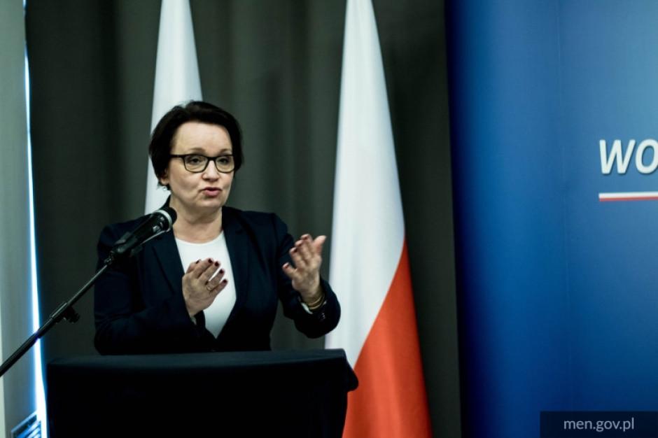 Platforma zapowiedziała wniosek o odwołanie minister Anny Zalewskiej
