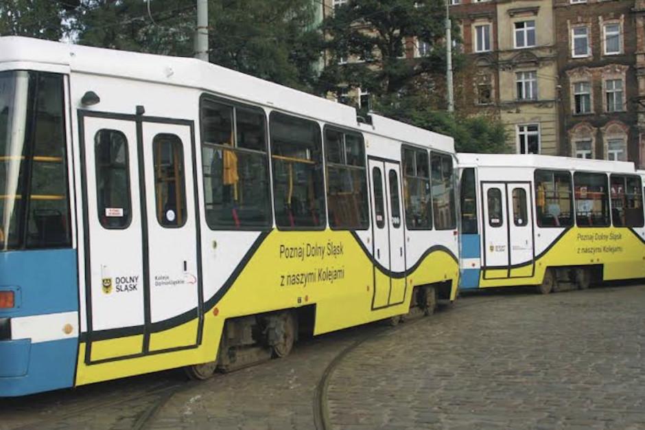 Na wrocławskie ulice wyjechał tramwaj... regionalnych kolei