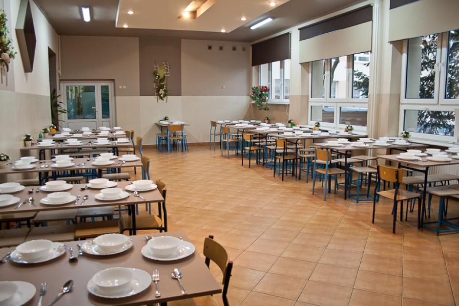 Łódź chce wprowadzić pilotażowy program bezpłatnych obiadów dla uczniów