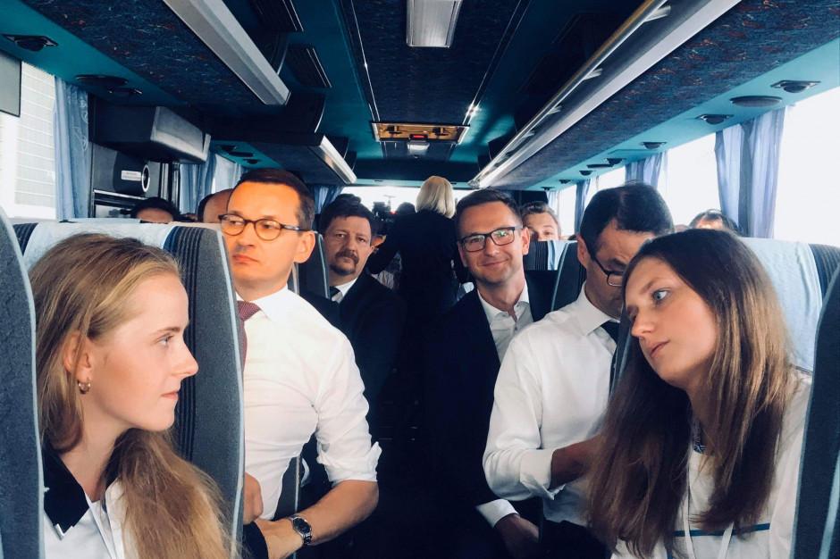 Morawiecki: nie dzielimy samorządów, tylko patrzymy na dobro obywateli