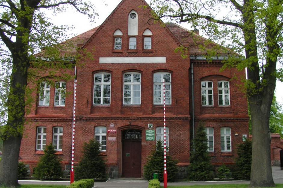 Centralne Biuro Antykorupcyjne w Barwicach. Kontroluje 10 lat