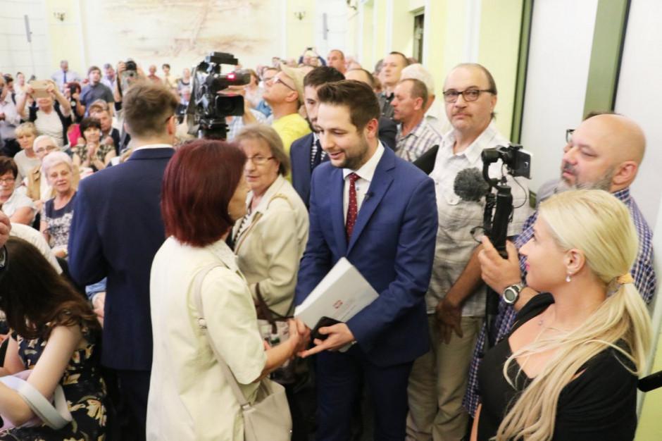 Patryk Jaki: przewodnicząca Rady Warszawy i szef radnych PO nie powinni kandydować w wyborach