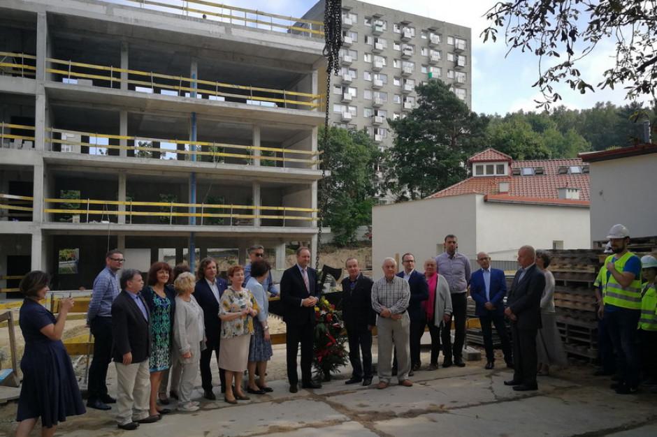 Centrum Opieki Geriatrycznej w Sopocie. Pierwszy etap budowy dobiega końca