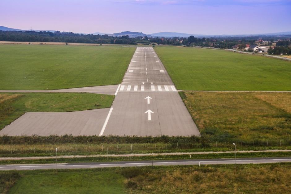 Jacek Żalek wraca do tematu budowy lotniska regionalnego