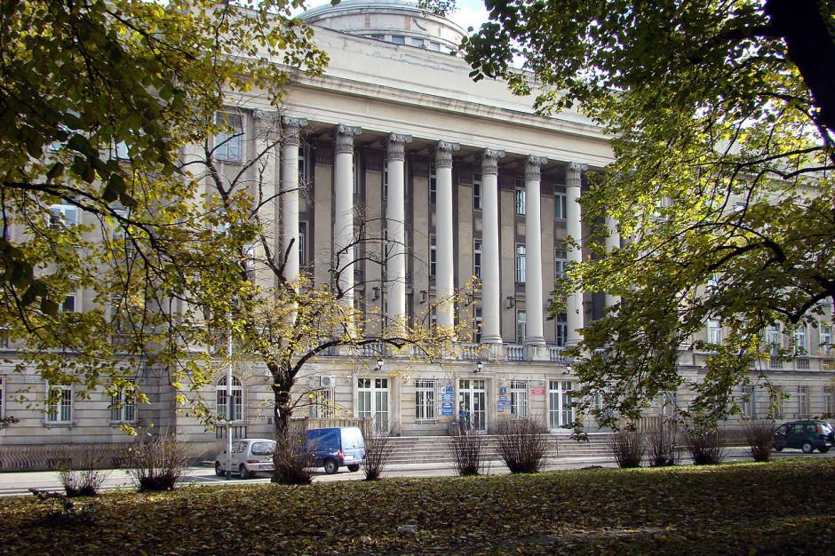 Warszawski Uniwersytet konsoliduje a nie likwiduje szpitale