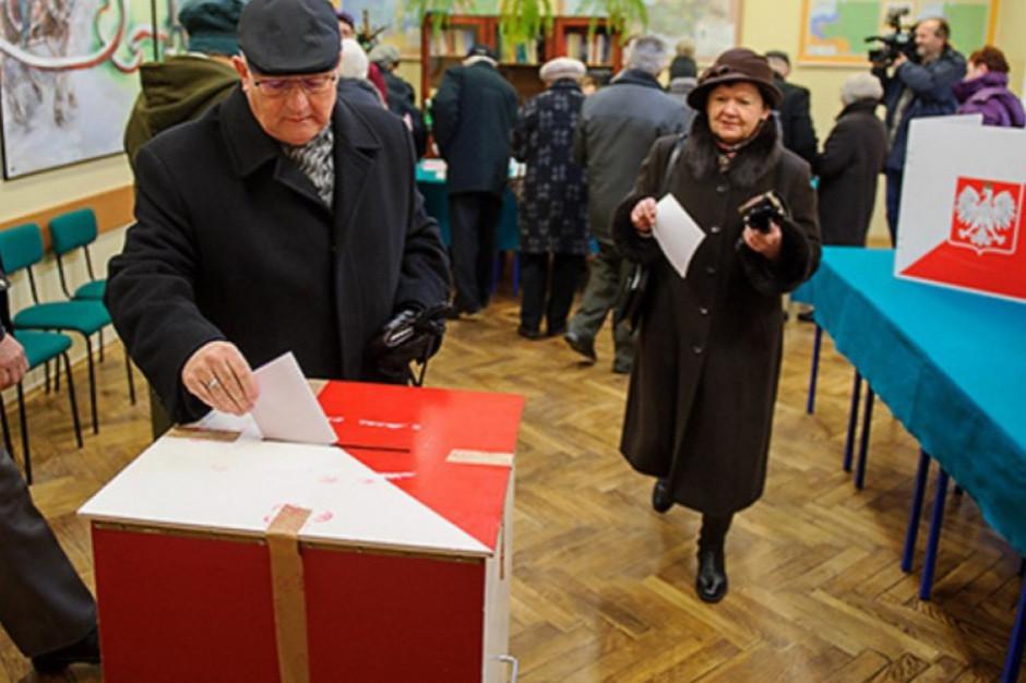 12 komitetów wyborczych chce wystawić kandydatów w wyborach do sejmiku warmińsko-mazurskiego
