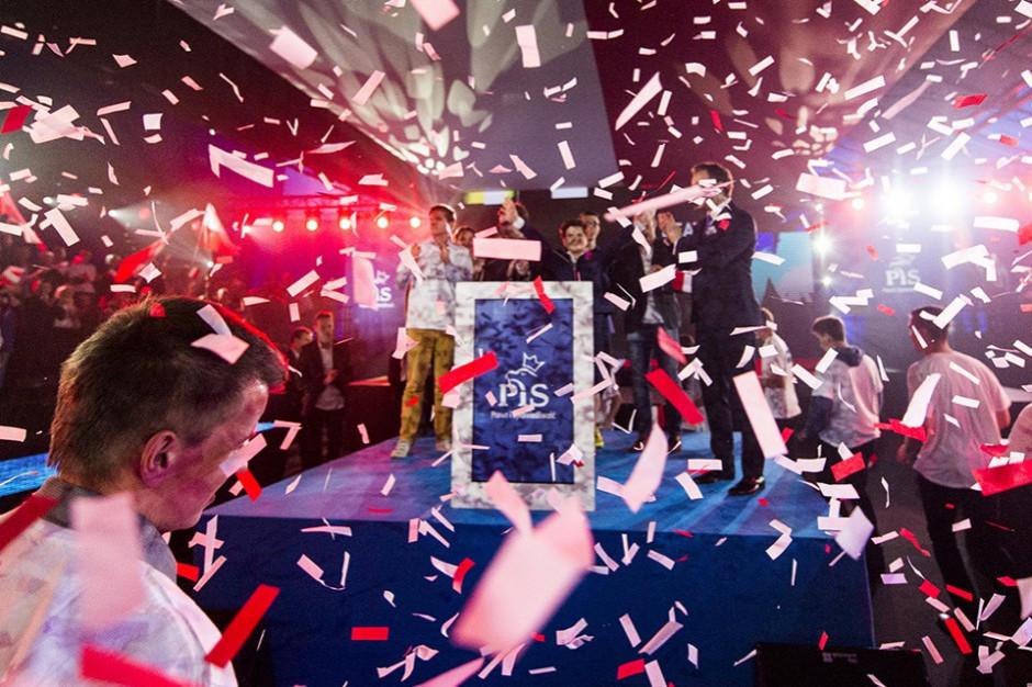 PiS rozważa możliwe koalicje po wyborach samorządowych