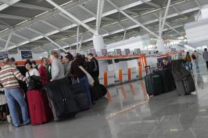 Dolnośląski marszałek pomaga turystom wrócić do kraju