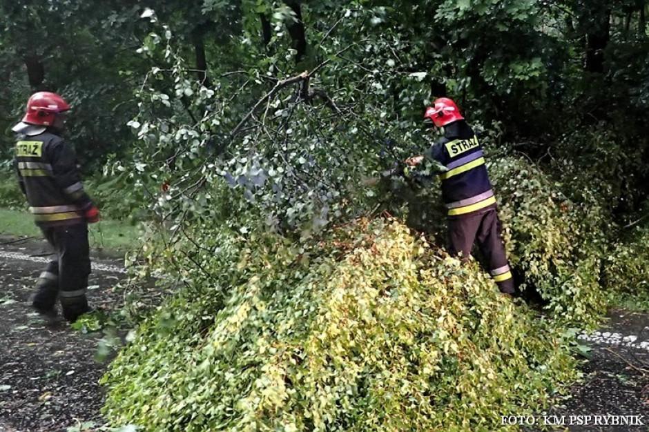 Ponad 400 interwencji strażaków w Małopolsce i na Podkarpaciu