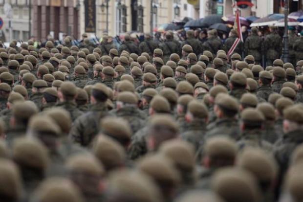 Według wstępnych założeń liczebność WOT miała docelowo, do końca 2019 r., wynieść 53 tys. żołnierzy, z czego około 10 proc. zawodowych. /fot.Facebook/.jpg