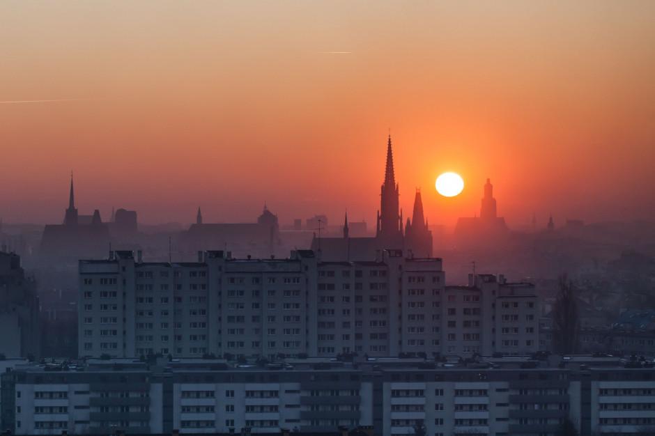 Mirosława Stachowiak-Różecka ma program walki ze smogiem we Wrocławiu