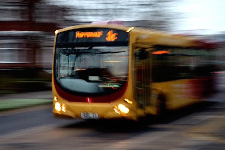 W miastach przybyło autobusów