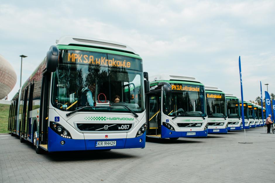Volvo dostarcza kolejne autobusy hybrydowe. Tym razem do Krakowa