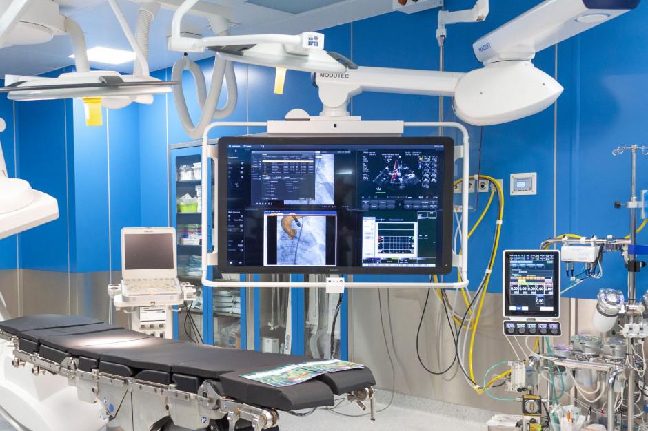 We wrocławskim szpitalu klinicznym otwarto nową operacyjna salę hybrydową