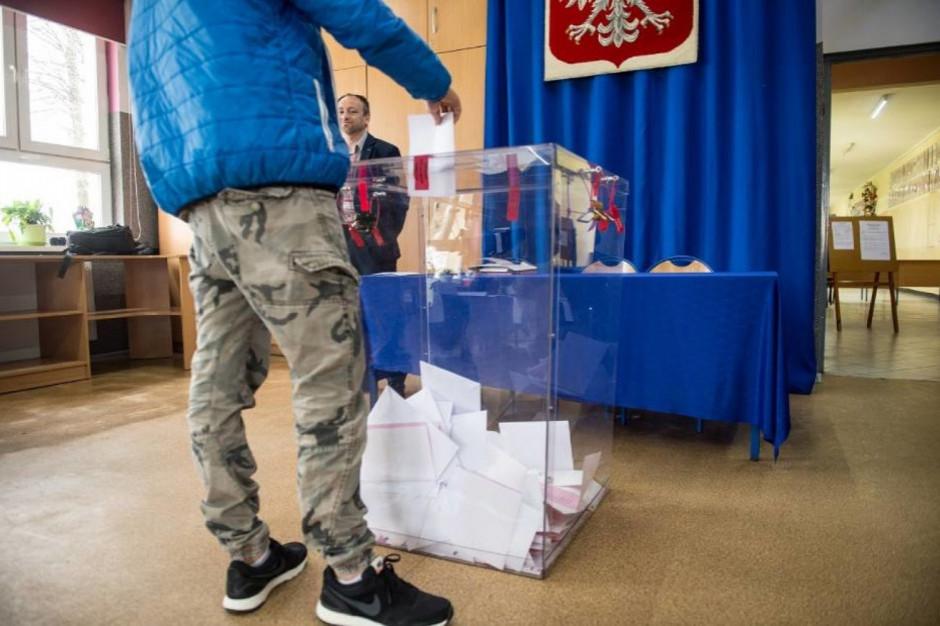 CBOS: Dla Polaków najważniejsze są wybory wójtów, burmistrzów, prezydentów miast. Wybory do rad już nie są tak ważne