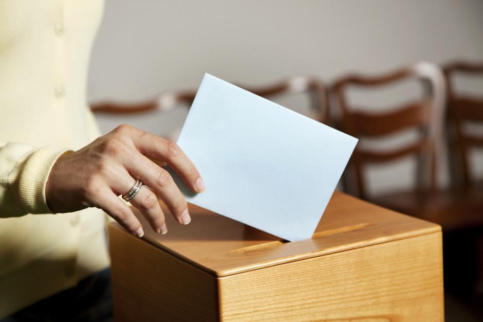 Minister przypomina: To wójt, burmistrz lub prezydent dopisuje wyborców do rejestru, nie resort