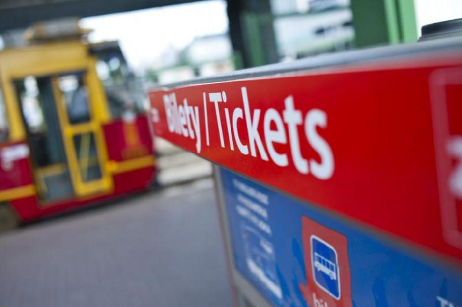 Studenci spoza UE dyskryminowani w dostępie do ulgowych biletów. Interwencja w ministerstwie