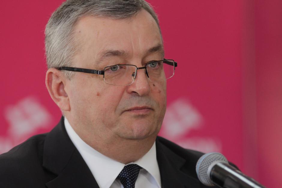 Andrzej Adamczyk: Rząd przy rozdawaniu środków nie dzieli samorządów na te sprzyjające