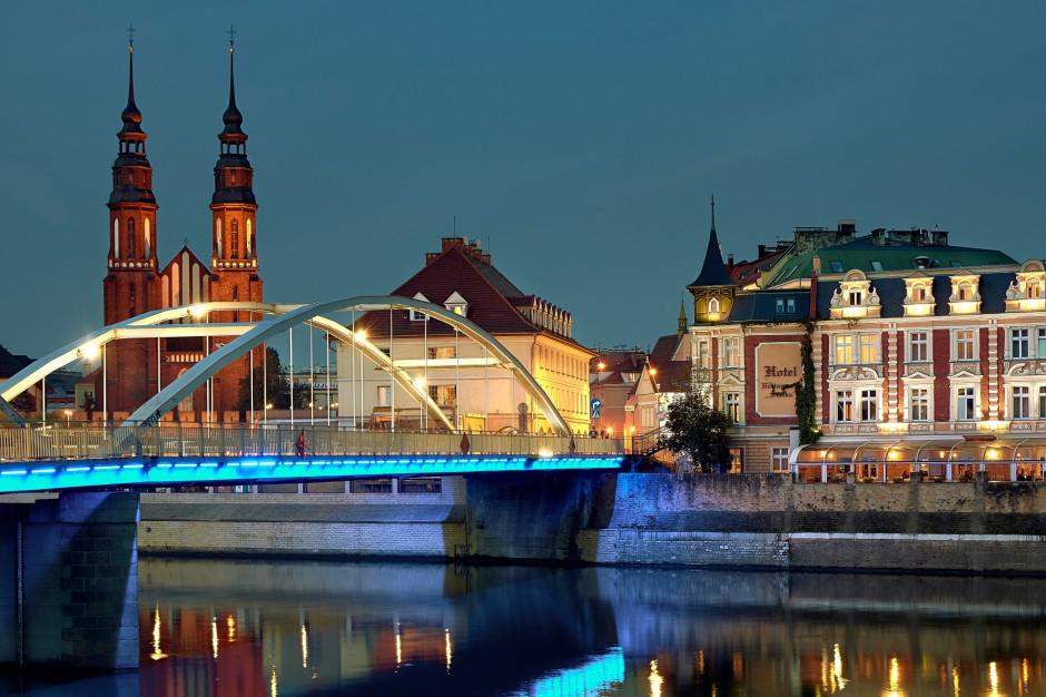 Opole ogłosiło nabór wniosków o dotacje dla firm i fundacji. Na chętnych czeka 24,4 mln złotych