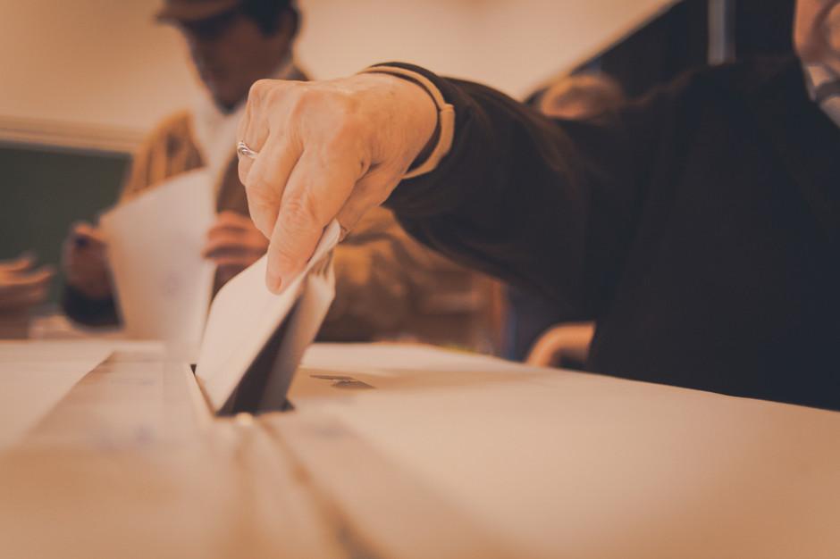 W wyborach do rad czasem wystarczy mniej niż 20 głosów, by zdobyć mandat