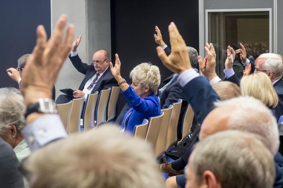 Śląskie: PiS nie będzie rządził samodzielnie w województwie. Lista radnych