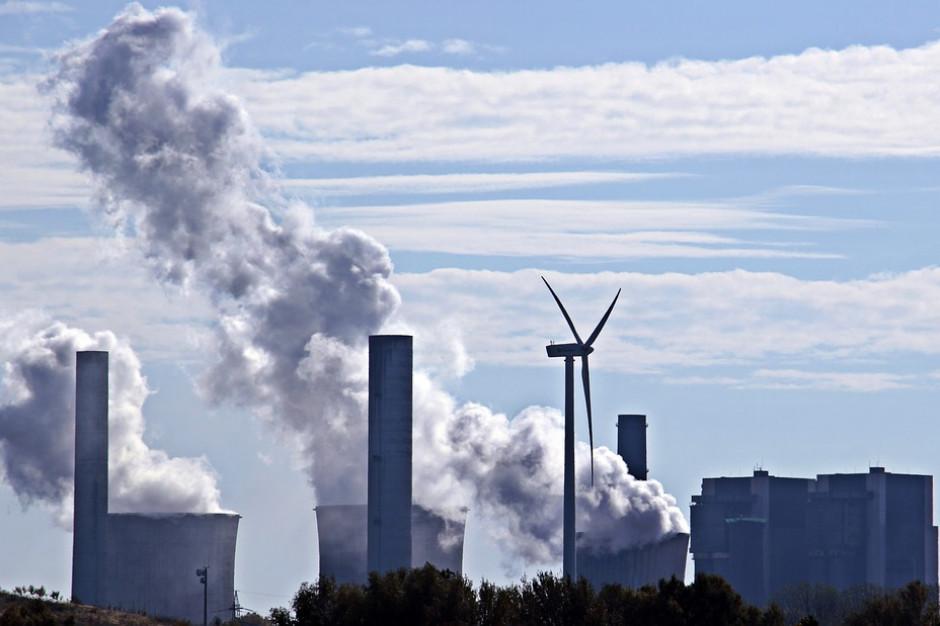 UE: jest lepiej, ale zanieczyszczenie powietrza dalej powyżej limitów
