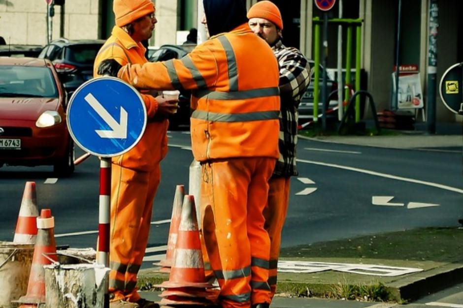 Warszawa: Mieszkańcy poczekają na przebudowę skrzyżowania w Wilanowie