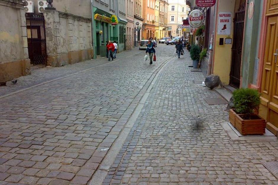 Nowa kostka na Starym Rynku w Poznaniu
