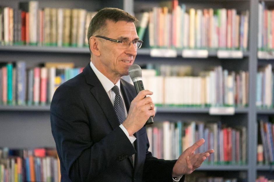 Piotr Grzymowicz zarzuca wojewodzie brak informacji o Helperze