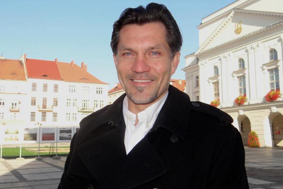 Kalisz: Krystian Kinastowski oficjalnie prezydentem miasta