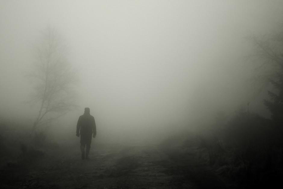 IMGW: Silne mgły. Ostrzeżenia dla pięciu województw
