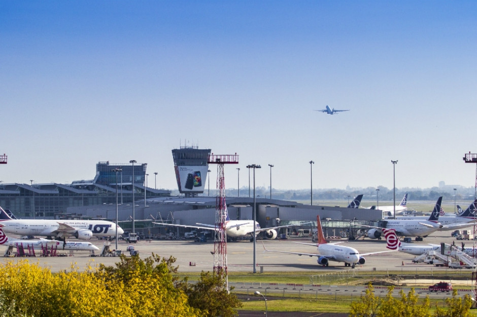 Warszawa: Rekordowa liczba pasażerów na Lotnisku Chopina