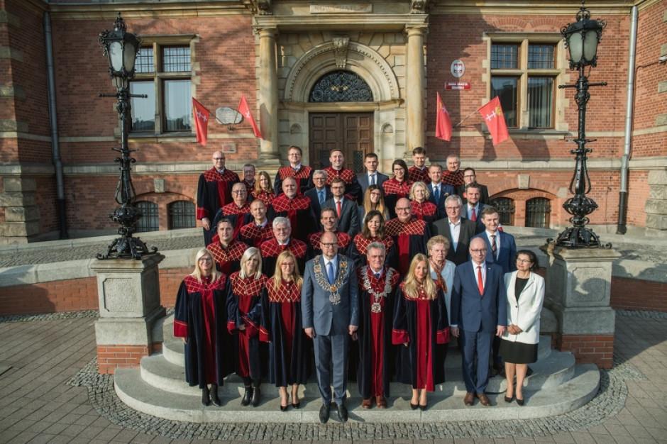 Gdańsk. Ostatnia sesja Rady Miasta VII kadencji