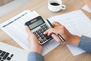 Polacy mają problem z opłacaniem rachunków