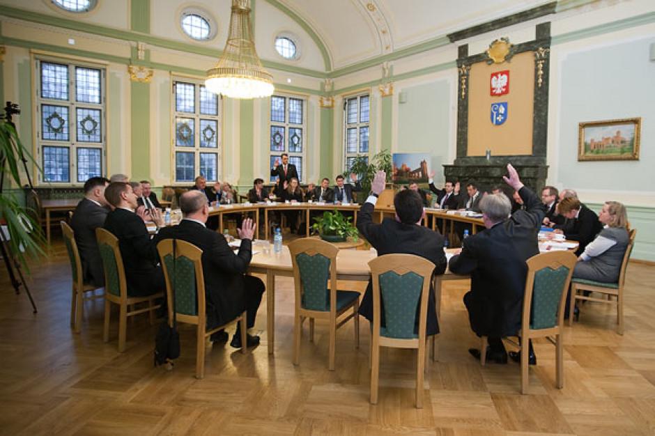 Nie wybrali prezydium rady. Bieżące działanie miasta zostało sparaliżowane