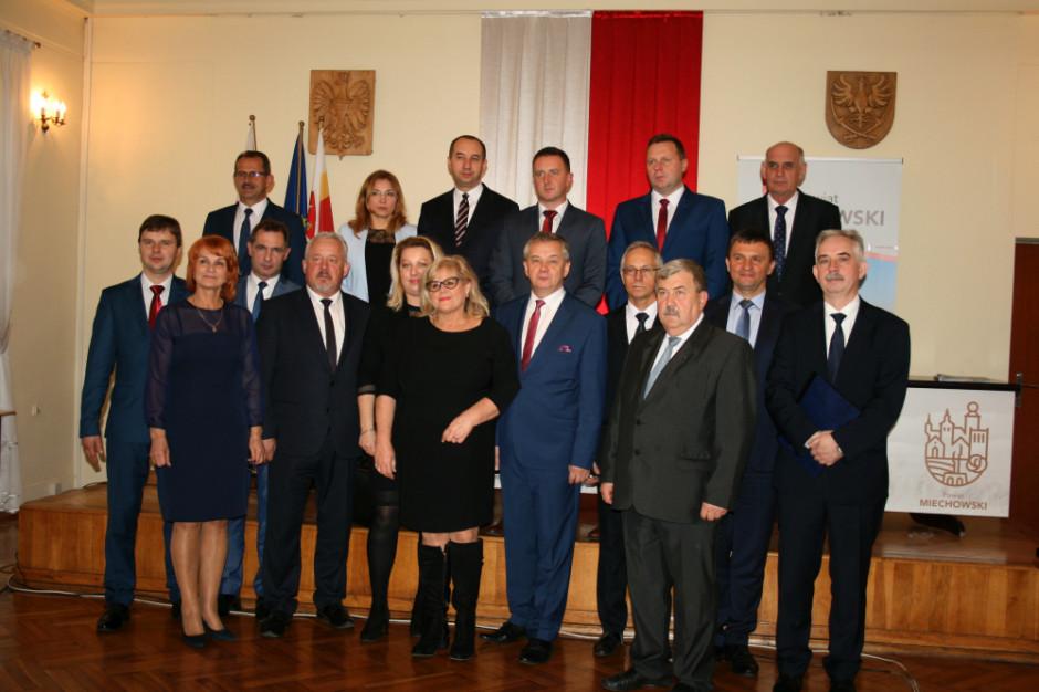 Małopolskie: po 19 latach PSL straciło władzę w powiecie miechowskim