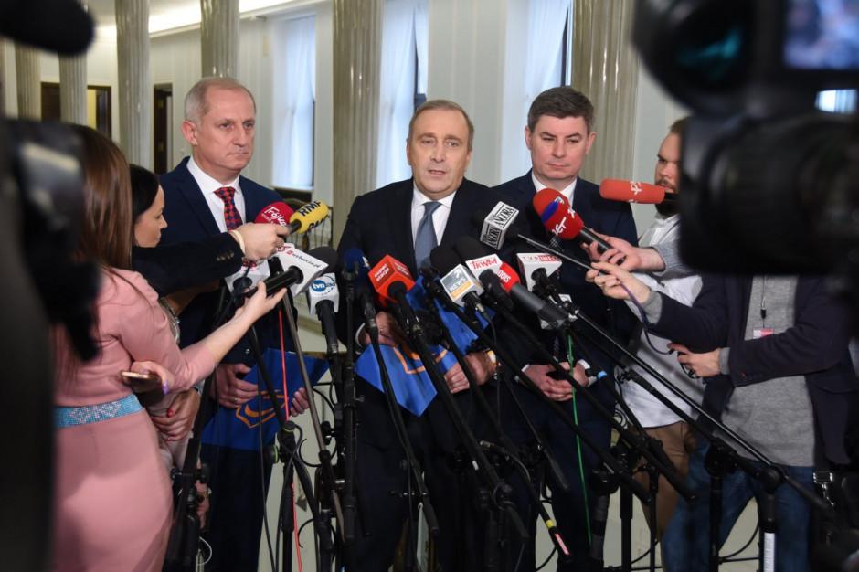Schetyna: Członek Nowoczesnej został skorumpowany politycznie